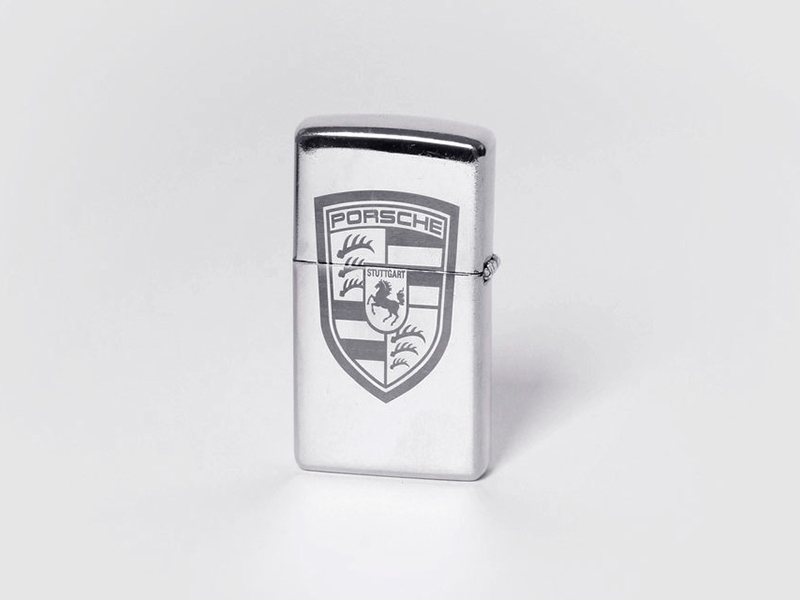 Лазерная гравировка на зажигалке Zippo